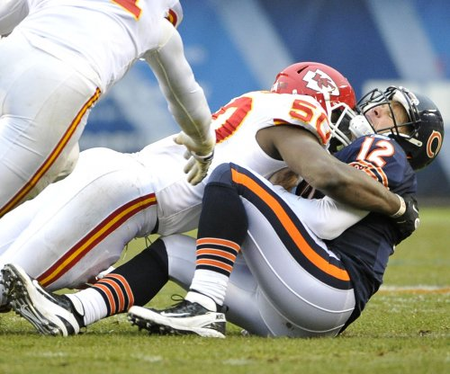 Kansas City Chiefs sign LB Houston to six-year, $101M deal