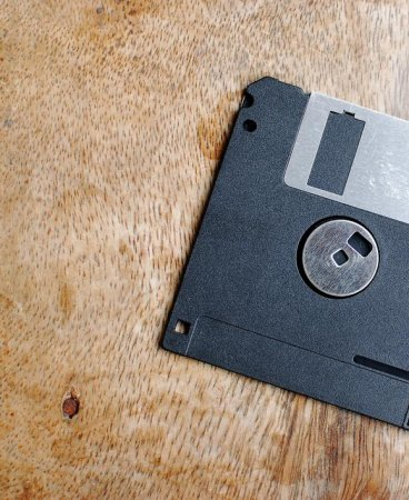Defense Department uses floppy disks, '70s PC system in nuclear weapons tech