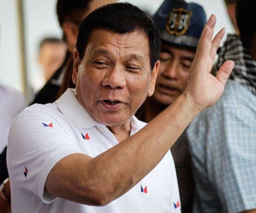 Duterte changes his mind, OKs U.S. assault rifle deal for Philippine police