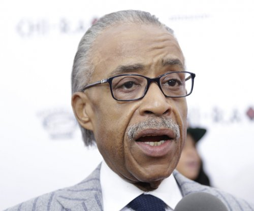 Al Sharpton to picket MSG for Charles Oakley if ban sticks