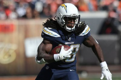 Chargers RB Gordon (knee) misses practice again