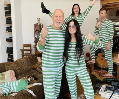 Demi Moore, Bruce Willis enjoy 'family bonding' in self-isolation