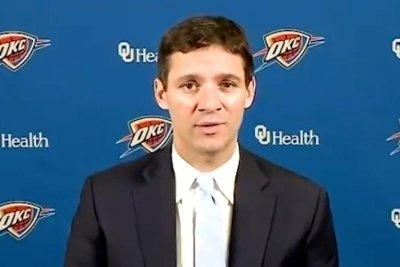 Oklahoma City Thunder promote assistant Mark Daigneault to head coach