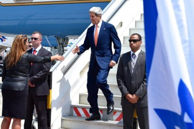 Kerry arrives in Israel to push cease-fire initiative