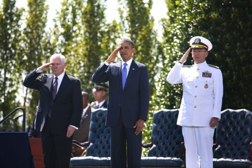 President Obama thanks troops and veterans in video message