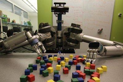 New software helps robot butler combat clutter
