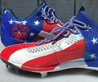 Yasiel Puig's custom cleats wearing thin with MLB