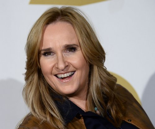 Melissa Etheridge on smoking with wife: 'Cannabis is the best martial aid'