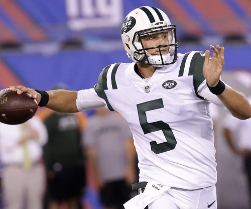 Jets deal QB Christian Hackenberg to Raiders