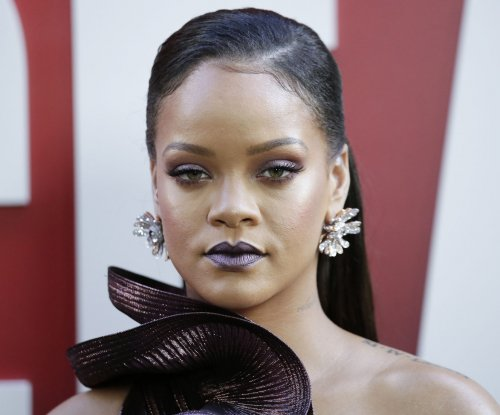 Sandra Bullock, Rihanna shine at 'Ocean's 8' premiere