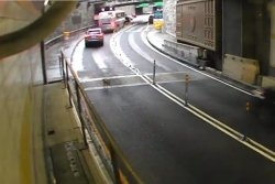 Runaway dog in Manhattan takes the tunnel to Queens