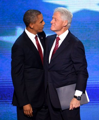 Book: Bill Clinton called Obama 'incompetent'