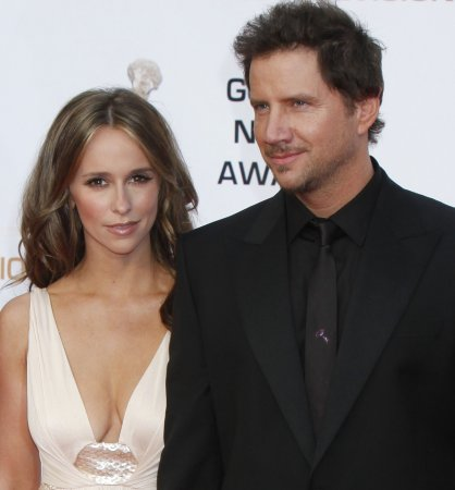 Hewitt and Kennedy not engaged