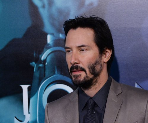 Keanu Reeves goes off on interrogators when mistaken for Mark Wahlberg