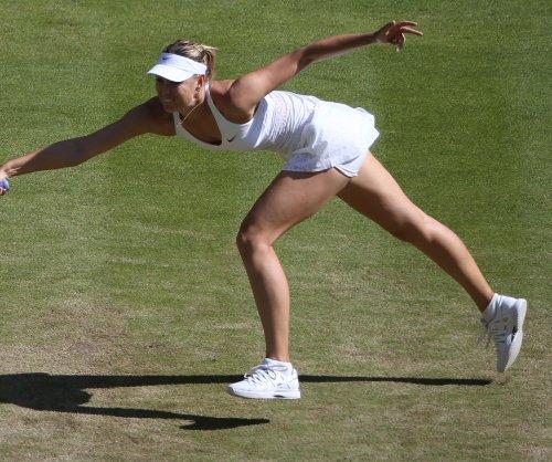 Maria Sharapova advances to fourth round of Australian Open