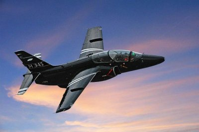 Italy taps Leonardo for new jet trainer and helicopters