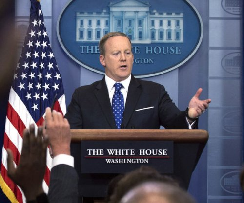 Watch live: Sean Spicer gives daily news briefing