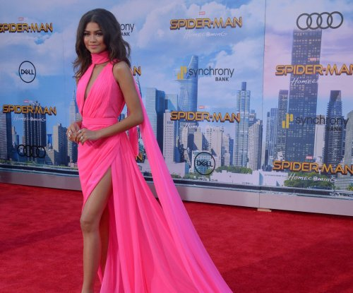 Zendaya, Marisa Tomei show leg at 'Spider-Man: Homecoming' premiere