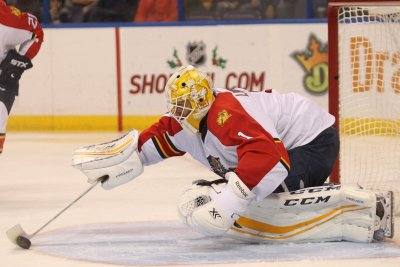 Roberto Luongo reaches milestone as Florida Panthers topple Buffalo Sabres