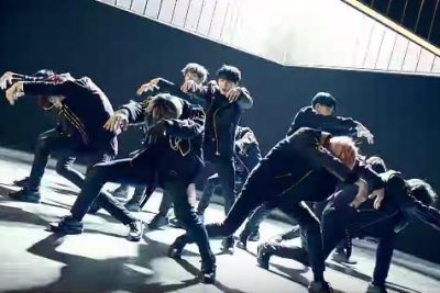 Wanna One releases new EP, 'Boomerang' music video