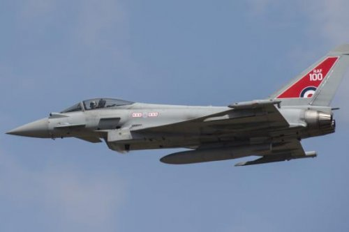 U.K. to stick with Eurofighter development in air combat strategy