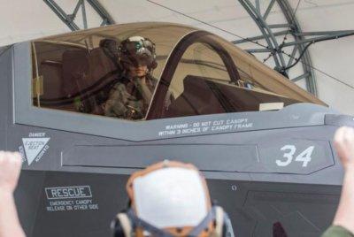 First female Marine F-35B, F-35C pilots move toward flying