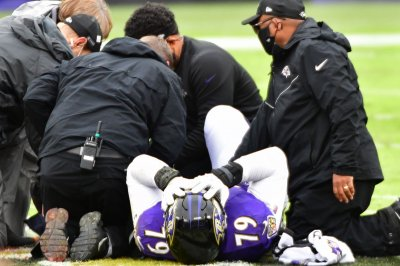 Ravens Pro Bowl LT Ronnie Stanley suffers season-ending ankle injury