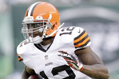 Josh Gordon running well with No. 1's at Cleveland Browns practice