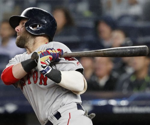 Boston Red Sox: Dustin Pedroia back on DL