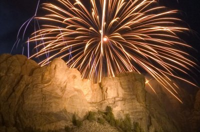 Independence Day fireworks might return to Mount Rushmore