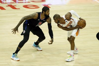 Suns guard Chris Paul expected to play in Game 3 vs. Clippers