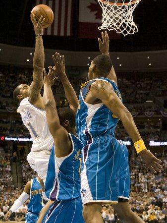 NBA: Denver 113, New Orleans 84