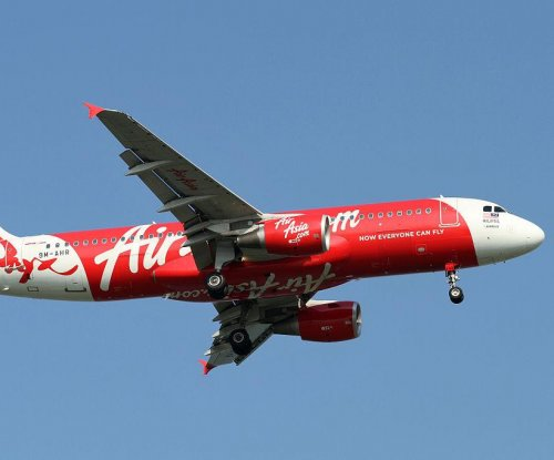 AirAsia co-pilot was at controls before plane crashed