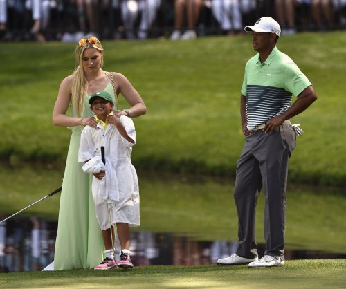 Tiger Woods' 3-year relationship to Vonn ends due to 'hectic lives'