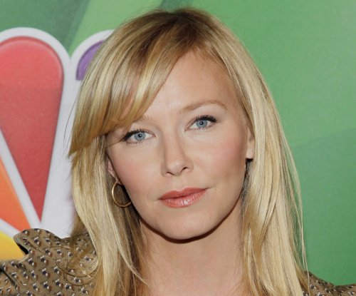 Kelli Giddish of 'Law & Order: SVU' married and pregnant