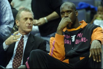 """Shaquille O'Neal: Pat Riley """"almost died"""" holding head underwater for eight minutes"""