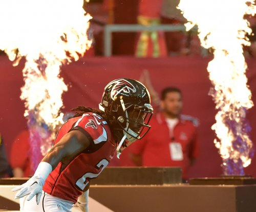 Atlanta Falcons lock up CB Desmond Trufant with 5-year contract extension
