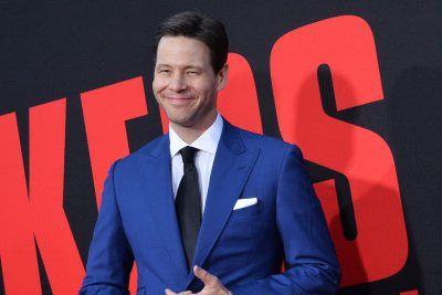 Ike Barinholtz says he welcomed third child