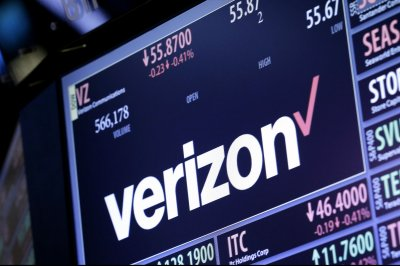 10,400 Verizon employees select a voluntary buyout