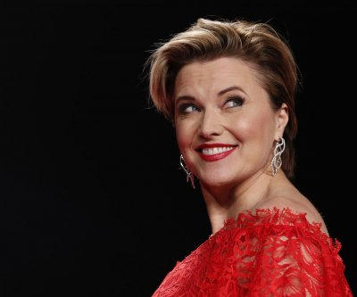 Lucy Lawless, Tricia Helfer to host 'Xena,' 'BSG' marathons