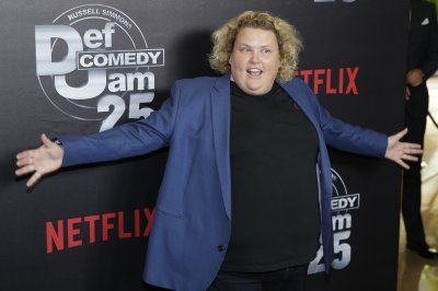 Fortune Feimster marries Jacquelyn Smith in Malibu