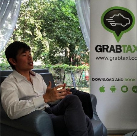 SoftBank puts $250 million into Uber competitor GrabTaxi