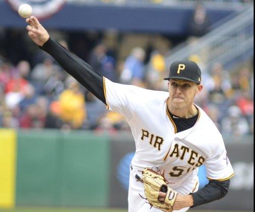 Cardinals, Pirates reshuffle lineups