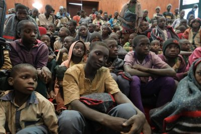Hundreds of Nigerian schoolboys return home after kidnapping, rescue