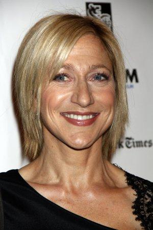'Nurse Jackie' renewed for Season 5