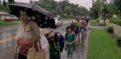 Bomb threat lead to evacuations of eight Florida schools