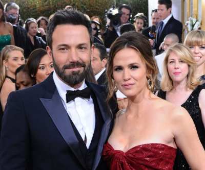 Ben Affleck, Jennifer Garner confirm they will divorce