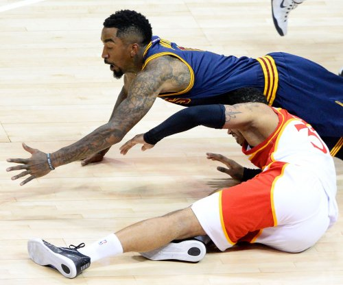 Cleveland Cavaliers finalize deal to re-sign J.R. Smith