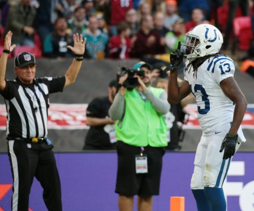 Fast start carries Indianapolis Colts past Tennessee Titans