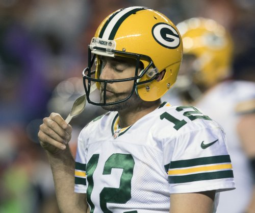 Green Bay Packers proceed cautiously with Aaron Rodgers
